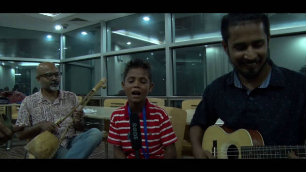 internet-sensation-jahid-sings