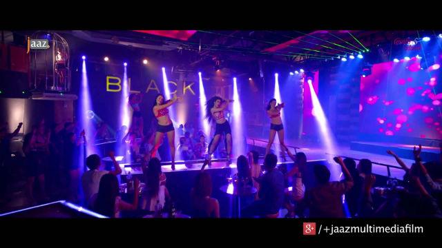 mahiya-mahi-item-song-lojjaboti-re-chuiley-channel-i-shera-kantho-grand-finale