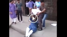 Funny Video - Police grabing BNP leaders