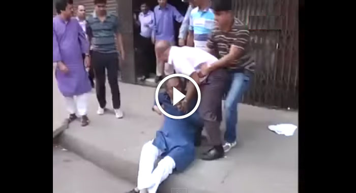 Funny Video - Police grabing BNP leaders