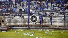 india vs south africa cuttack 2nd t20 bottle throwing play interrupted