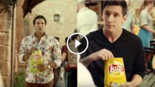 wasim akram and lionel messi in lays advertisement