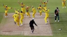 top-10-funniest-moments-in-cricket-history-hd-updated-2014