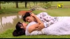 এক দিকে পৃথিবী একদিকে তুমি যদি থাক-Romantic Bangla Music Video
